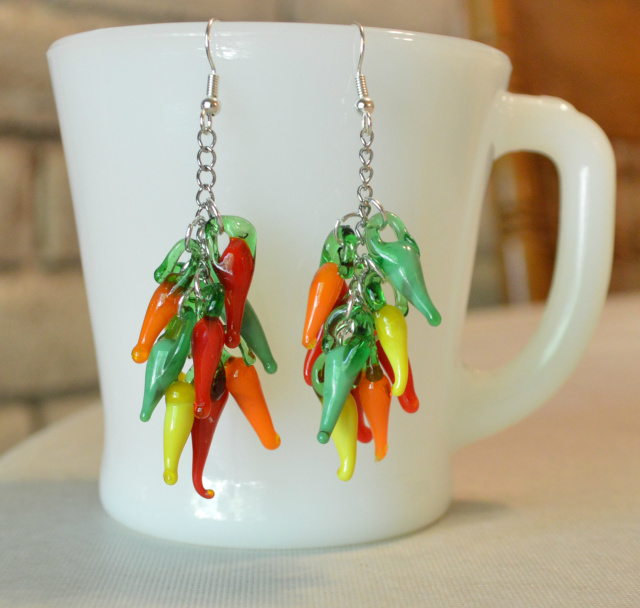 Chile pepper earrings instructions and tutorial. Chili pepper jewelry.